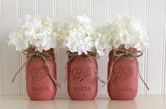 Red Mason Jars, Mason Jar Centerpieces, Mason Jar Gifts, Painted Mason Jars, Baby Shower Centerpieces, Makeup Vanity Decor, Distressed Mason Jars, Baptism Party, Decorated Jars