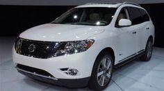 2014 Nissan Pathfinder Hybrid First Look