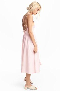 Sukienka z dekoltem w serek - Jasnoróżowy - ONA   H&M PL