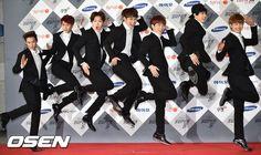 btob red carpet poses plus: : handsome.. really?