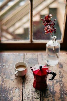 Höstmys med_röd espressokanna via Ida Magntorn