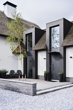 Ideas Exterior Doors Modern Design For 2019 Modern Exterior Doors, Exterior Design, Modern House Design, Home Fashion, Architecture Details, Villas, Future House, Building A House, Building Ideas