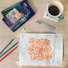 Wczoraj wieczorem było tu inne zdjęcie dziś rano też miałam w planach inne ale jakoś żadne z nich nie pasuje mi do sytuacji.  Zostawiam więc tu moje poranne chwile dla siebie w ciszy i sam na sam z pędzlem. Dla ukojenia duszy. . . . #diycrafts #handmadecrafts #paintingprocess #painting #watercolor_art #watercolor_daily #derwent #obraz #sztuka #morningpost #coffeeprops #dziendobry #flatlaypoland #flatlaylove #artiststudio #goodmorningart #tv_neatly #tv_retro #tv_moods #akwarela #rysujemy… Tv Retro, Book Instagram, Tableware, Dinnerware, Tablewares, Dishes, Place Settings