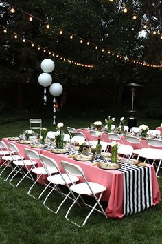 Pretty outdoor party. Really like the wht/blk stripe runner!