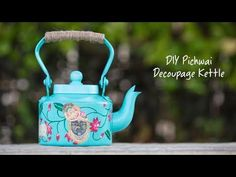 Pichwai is one of the most ancient and spectacular forms of art in India. Transform your kettle into a beautifu. Bottle Painting, Bottle Art, Diy Painting, How To Make Coffee, Making Coffee, Pichwai Paintings, Creative Arts And Crafts, Decoupage Art, Stencil Art