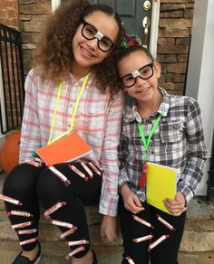 Gracie and Olivia Hashtag Sisters, Sister Songs, Annie Lablanc, Girl Power, Youtubers, Kids Outfits, Halloween Costumes, Celebs, Photoshoot
