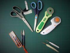 Tu débutes en couture ? Cet article est pour toi ! Tes premiers outils !!