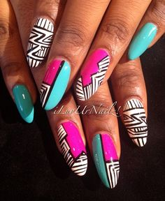 NAIL ART / NAIL DESIGNS / STILETTO NAILS / ACRYLIC NAILS / OVAL NAILS