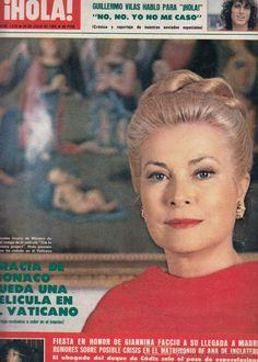 HELLO MAGAZINE No. 1982. GUILLERMO VILAS YEAR 1978.  GRACE OF MONACO.  GIANNIANA…