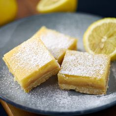 Citronsnitter-Your source of sweet inspirations! Food Out, Good Food, Yummy Food, Delicious Desserts, Dessert Recipes, Sweet Bar, Baking And Pastry, Lemon Bars, Holiday Cakes