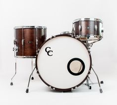 C&C Drums Europe - Vintage Drums - Player Date 2 - Walnut Satin - Kit Dark Hoops (front) www.candcdrumseurope.com