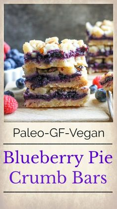 These Paleo Blueberry Pie Crumb Bars are simple to make and so delicious. A shortbread crust thick layer of blueberries and a crumble topping. These layered bars are gluten free dairy free vegan and naturally sweetened. Paleo Dessert, Desserts Keto, Desserts Sains, Dessert Sans Gluten, Bon Dessert, Healthy Desserts, Appetizer Dessert, Healthy Smoothies, Dessert Recipes