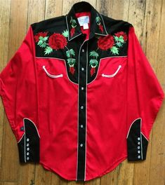 The original maker of the pearl snap western shirt. Rockmount's western wear collection includes vintage embroidered shirts, bolo ties, western hats and silk scarves. Vintage Western Wear, Vintage Cowgirl, Vintage Ladies, Cowboy Outfits, Western Outfits, Western Shirts, Barrel Racing Shirts, Cowboys Shirt, Shirt Skirt