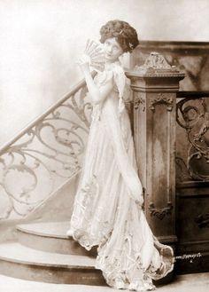 silent film actress & Titanic survivor Dorothy Gibson