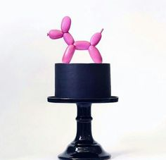 Avant-garde & Impactful - 30 modern wedding cake designs that look just as good on a dessert table as they would in an art gallery! Gorgeous Cakes, Pretty Cakes, Cute Cakes, Amazing Cakes, Wedding Cake Designs, Wedding Cakes, Fantasy Cake, Balloon Cake, Balloon Dog