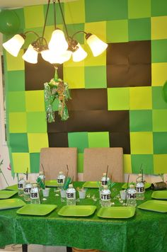 Table at a Minecraft Party #minecraft #party