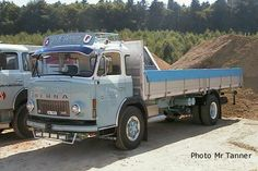 BERNA Old Trucks, Pickup Trucks, Commercial Vehicle, Classic Trucks, Old Movies, Old Cars, Vehicles, Jeep, Europe