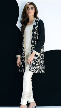 Fancy Party Wear Dresses for Women 2017 Formal Pakistani Dresses Pakistani Formal Dresses, Pakistani Outfits, Indian Dresses, Indian Outfits, Casual Summer Dresses, Stylish Dresses, Fashion Dresses, Ethnic Fashion, Indian Fashion