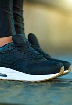 Air max. #air#max#one#bleu#marine