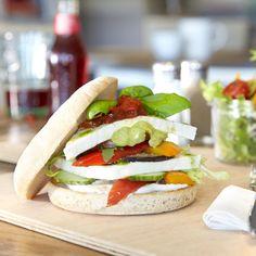 Best burgers in town gibt es in unserer old night owl - Beach Motel Sankt Peter-Ording