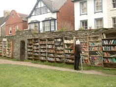 hay on wye book town wales book lovers town in Wales!