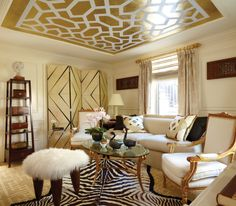 40 Years of Fabulous + The Kips Bay Decorator Show House Beautiful Houses Interior, Beautiful Interiors, Cream And Gold Living Room, Colored Ceiling, Ceiling Color, Ceiling Design, Condo Living Room, Living Rooms, Living Spaces