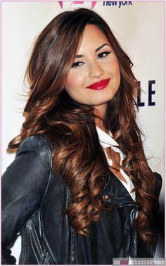 Demi Lovato Loves Aeropostale