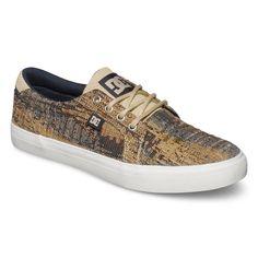 Council TX Se - Low Top Schuhe für Männer  Wir präsentieren dir stolz Council TX Se von DC Shoes. Diese Low Top Schuhe für Männer, Obermaterial Premium Textil, sind Teil der Spring Collection 2015. Weitere besondere Features sind: Clean Toe Design und gewachste Schnürsenkel.  Merkmale:  Low Top Schuhe, Premium-Textil-Obermaterial, Saubere Toe-Design, Gewachste Schnürsenkel, Metallösen,  Dieses ...