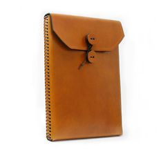 iPad Case Antique Tan Leather Memo Style with by julieboyles  Like the stitching.