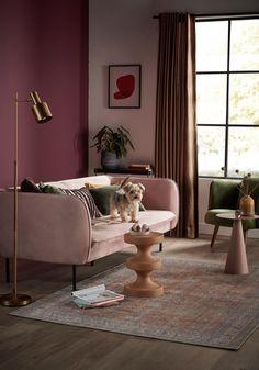 Hoe aaibaar is jouw huis? | vtwonen Apartment Interior Design, Interior Design Living Room, Pastel Living Room, Colorful Apartment, Living Room Decor Inspiration, Art Deco, Pink Sofa, Sit Back And Relax, House