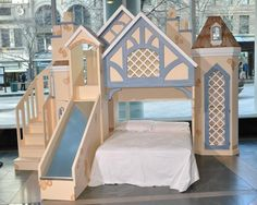 Children's Beds Fantasy Themed Beds Hathaway Castle Bed at PoshTots Safe Bunk Beds, Cool Bunk Beds, Bunk Beds With Stairs, Kids Bunk Beds, Bunk Bed With Slide, Loft Spaces, Small Spaces, Stair Plan, Frozen Bedroom