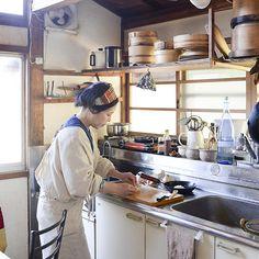 おいしい和食を作るために、欠かせない台所道具。これさえあれば、暮らしを心地よくしてくれる。明日がちょっと楽しみになる。そんな大切なモノはありますか?毎日を支えてくれる愛用品に着目した連載「ご機嫌をつく