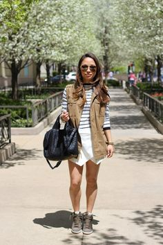 Christine's playfully fun skorts look. Brooklyn Street Style, New Outfits, Cool Outfits, Fade Styles, Fashion Killa, Fashion Forward, What To Wear, Personal Style, Style Inspiration