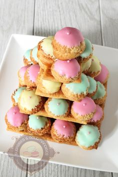 If you're in the mood to really go to town with your next Easter dessert, this gorgeous pastel Croquembouche is just the ticket! I've wanted to make one of these for years! Mini Desserts, Gourmet Desserts, Dessert Recipes, Easter Desserts, Profiteroles, Eclairs, Fancy Cakes, Mini Cakes, Buffet Dessert