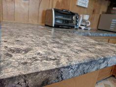 How to Paint Your Countertops Like Granite • Mama and More Painting Laminate Countertops, Faux Marble Countertop, Faux Granite, Cheap Countertops, Painting Cabinets, Granite Countertops, Painted Countertops, Granite Paint, Diy Sponges