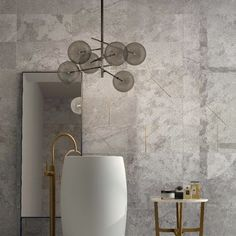 Beige stone effect floor & wall tiles for a bathroom. It's an inspiring interior design idea for your home or even for an exclusive hotel. It looks very classy, bright and luxurious. Add some gold details to take it to the next level. Bathroom Interior Design, Modern Interior Design, Wood Tile Floors, Flooring, Interior Inspiration, Design Inspiration, Design Exterior, World Of Interiors, Tile Installation