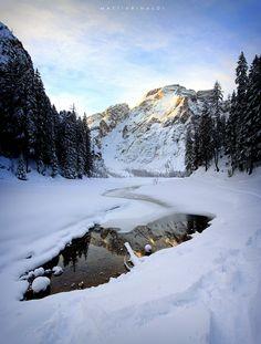 Ph #MattiaRinaldi #pragserwildsee #lagodibraies #valpusteria #Dolomiti #landscape #lake #dolomitisuperski #braies #braieslake #snow #ski #ice #pusteria #pustertal #visionofpictures @visionofpictures @photoforpassion_ #photoforpassion_ #nikon1 #nikonitalia #picoftheday #instagram #nikon #pic #passion #landscape #sunrise @guidok69 #bellezza #nature #travel #instagramtravel #lake #mountain #lagodibraies