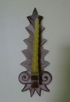 Castiçal. de parede em madeira policromada