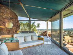 Frey House II by Swiss architect Albert Frey - Palm Springs, California, 1963 Palm Springs Häuser, Elsie De Wolfe, Desert Homes, House Made, Mid Century House, Spring Home, Vintage Design, Living Room Modern, Living Rooms