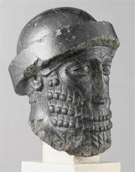 Estatua de Hammurabi, rey de Babilonia. Museo del Louvre, París, Francia.