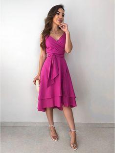 Vestido Midi Transpassado Isabely - Like Tutorial and Ideas Cute Dresses, Beautiful Dresses, Casual Dresses, Fashion Dresses, Summer Dresses, Formal Dresses, Fashion 2018, Spring Fashion, Bodycon Outfits