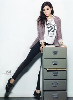 Girls Generation (SNSD) Tiffany for Vogue Girl - Office Girl Theme . Girls' Generation Tiffany, Girls Generation, Snsd Tiffany, Tiffany Hwang, Casual Outfits, Cute Outfits, Casual Attire, Promotional Model, Girls Magazine