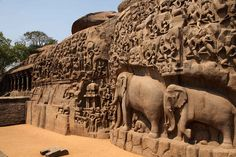 The Pallava dynasty artifacts in Mahabalipuram, 50 kms from Chennai, India. Indian Temple Architecture, Art And Architecture, Chennai, Places Around The World, Around The Worlds, Hindu Temple, Amritsar, Om Namah Shivaya, Nature