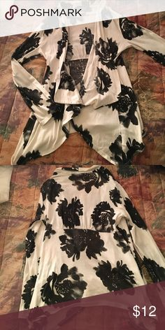Amazing black and white cardigan Perfect for any occasion. Excellent condition Sweaters Cardigans