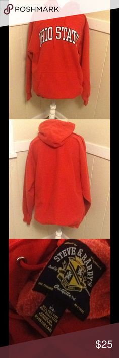 Ohio state hoodie Ohio state hoodie in excellent condition it looks new Ohio state Tops Sweatshirts & Hoodies