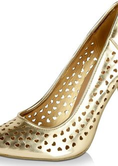 Trending gold and metallic heart laser-motif pointy cute pumps via Cute Pumps, Valentine Day Special, Court Shoes, Laser Cutting, Metallic, Heart, Gold, Stuff To Buy, Shopping