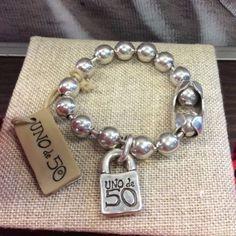 Uno-de-50-Snowflake-Bracelet-With-Packaging-PUL1215MTL0000M