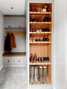 We have major boot room envy over this gorgeous design from our recent Oaklands project. Featuring V-Groove panelling, painted Shaker… Coat Storage Small Space, Boot Room Storage, Coat And Shoe Storage, Shoe Storage Utility Room, Boot Room Utility, Utility Room Designs, Solid Oak Doors, Shoe Room, Mudroom Laundry Room