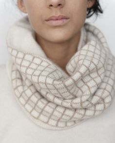 Ravelry: Encadré pattern by Julie Hoover ... cashmere ....