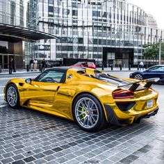 Porsche Looks better in yellow than boring silver. If you are going to have a wonderful car like this then best to be noticed rather than just blend into the rest of the traffic Ferrari, Maserati, Supercars, Porsche 918 Spyder, Expensive Sports Cars, Porsche Panamera Turbo, Mc Laren, Audi Cars, Hot Rides
